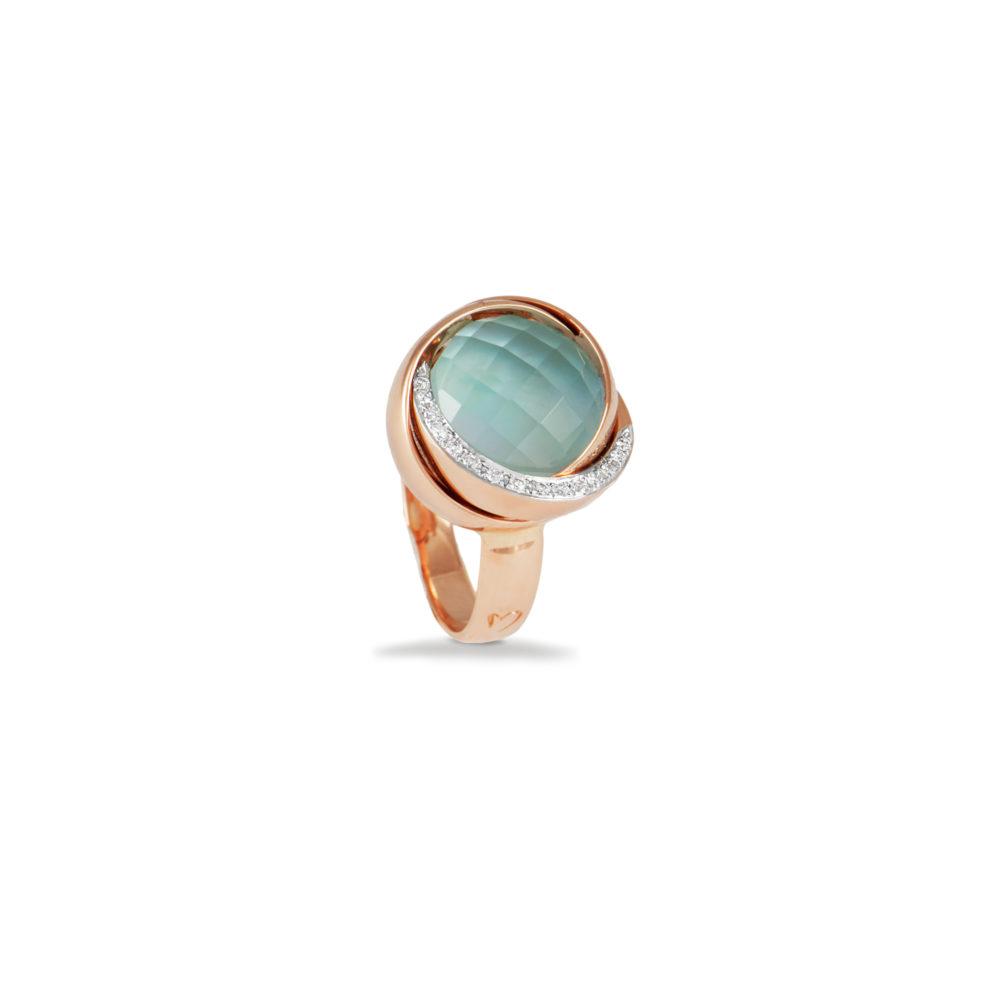 Anello in oro rosa con diamanti bianchi e topazio azzurro Collezione Colors Oro 18 carati Diamanti bianchi: carati 0,08 - qualità G/VS Topazio azzurro: carati 7,00