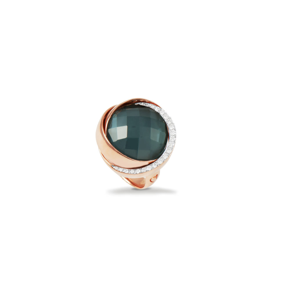 Anello in oro rosa con diamanti bianchi e brown Collezione Colors Oro 18 carati Diamanti bianchi: carati 0,27 - qualità G/VS Diamanti brown: carati 1,15