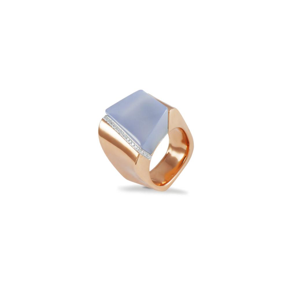 Anello in oro rosa con diamanti bianchi e calcedonio lilla Collezione Kult Oro 18 carati Diamanti bianchi: carati 0,13 - qualità G/VS Calcedonio lilla: carati 17,61